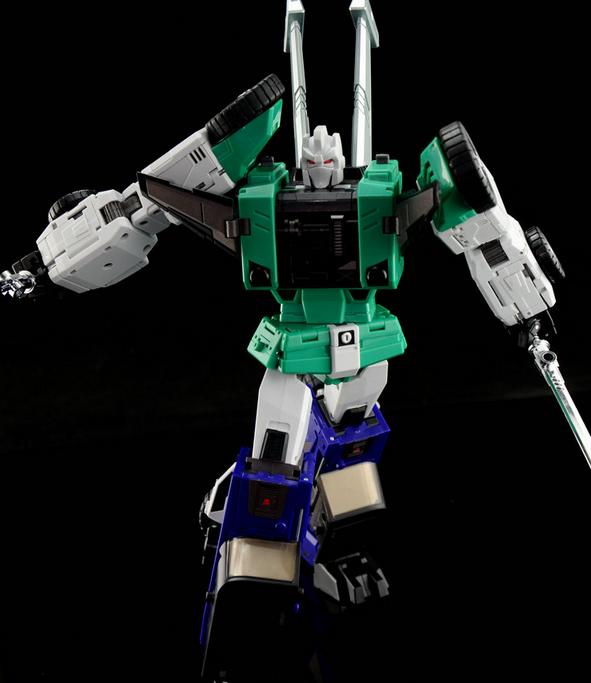 nouveau Transformers DX9 toys D10G Hanzo Retro Couleur  version MP Sixshot G1 figure  magnifique