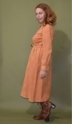 *~AWESOME VINTAGE 1960S-70s VEGAN ULTRA SUEDE FALL