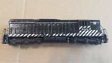 Athearn HO ATSF SD9 powered locomotive #485