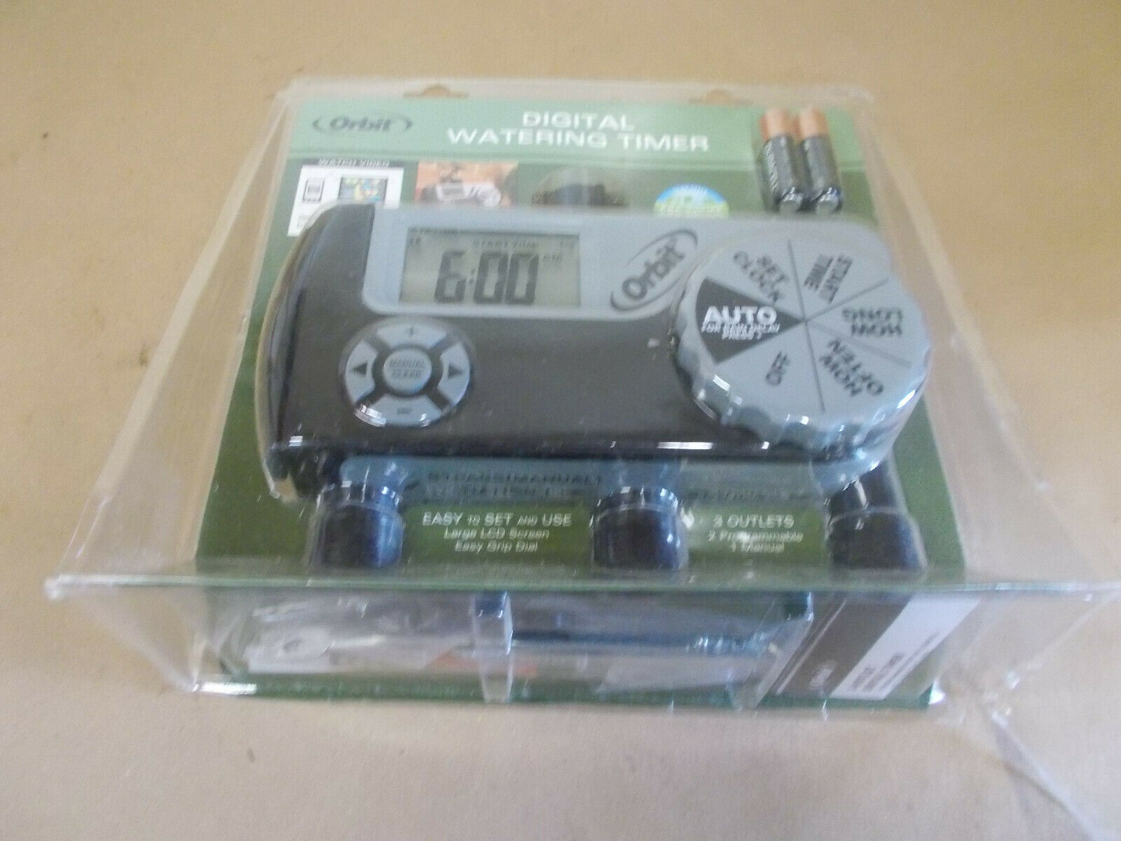New In Box Orbit 543562 3 outlet Programmable Digital Hose Watering Timer