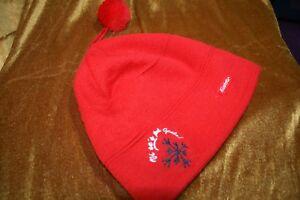 Eisbär Mütze rot mit Bommel wunderschön Zustand neu wurde nie getragen - Franken , Deutschland - Eisbär Mütze rot mit Bommel wunderschön Zustand neu wurde nie getragen - Franken , Deutschland