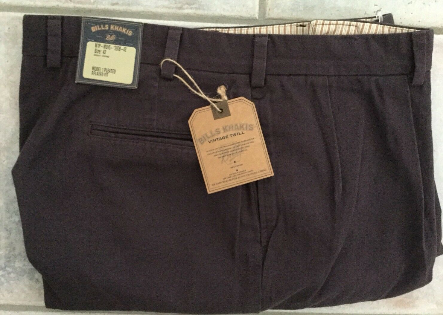 BRAND NEW-Bills khakis M3-MUV5 Size 33X33 Trim VINTAGE TWILL Mauve
