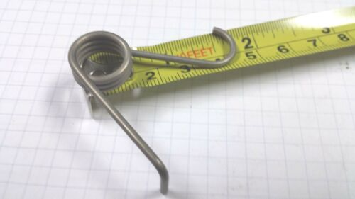 """Lee Spring EY2595 .610/"""" OD .313/"""" long Stainless Torsion Spring   Quantity 1"""