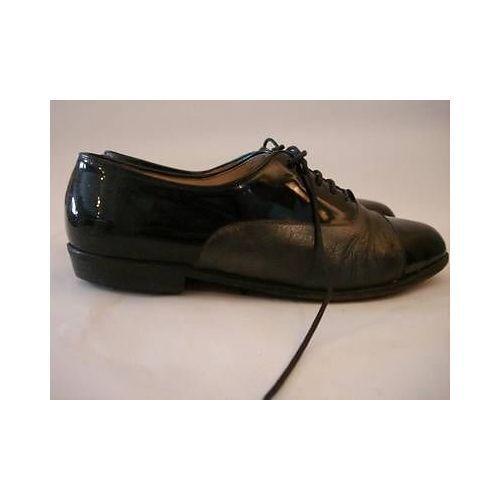Vintage 1960s Ladies shoes -ILARIO 1898- Black Patent Leather Lace up Flats