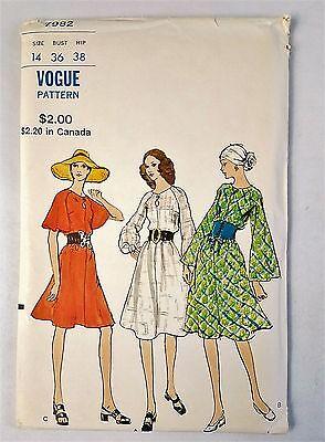 Vogue Vintage 7982 Loose fitting Semi Tent Dress Sewing Pattern Sz 14 Uncut 1971