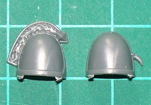 Rider Shoulder Pads Space Wolves Thunderwolf Cavalry Bits//Parts