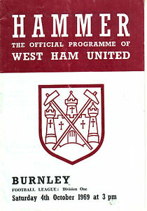 WEST HAM V BURNLEY 4 OCT 1969 MOORE PETERS HURST amp 039ARRY - <span itemprop=availableAtOrFrom>Bristol, United Kingdom</span> - WEST HAM V BURNLEY 4 OCT 1969 MOORE PETERS HURST amp 039ARRY - Bristol, United Kingdom