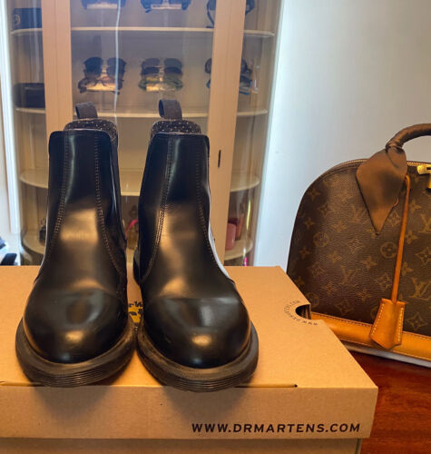 Dr Martens Flora Smooth Leather Chelsea Boots Size