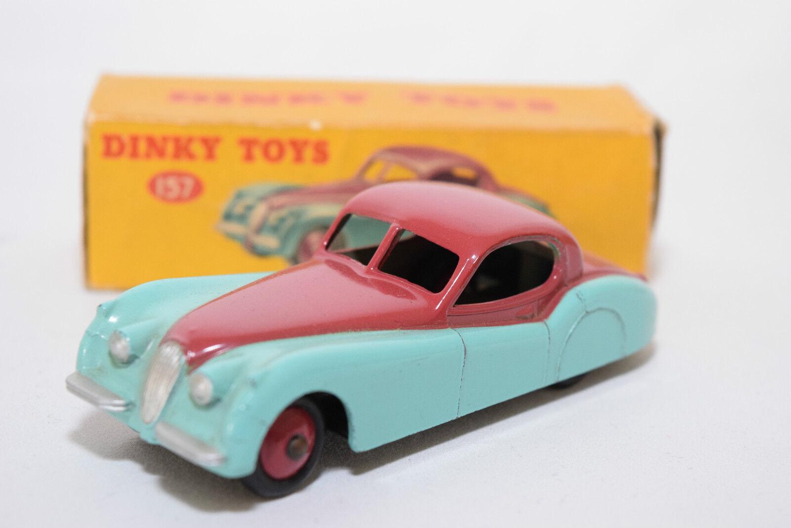 P Dinky Toys 157 jaguar xk120 XK 120 Coupé Cerise Turquoise Comme neuf en boîte rare