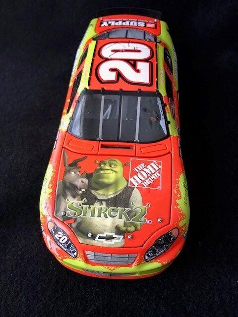 2004 Tony Stewart Home Depot   Shrek 2 Monte Carlo Elite 1 24