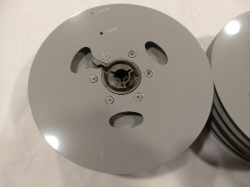 """R605 1 one 6/"""" 300ft Vintage 8MM Movie REEL Made USA No film weight 3oz"""