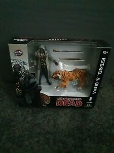 The-Walking-Dead-Ezekiel-und-Shiva-Tiger-5-034-Action-Figur-McFarlane-2014