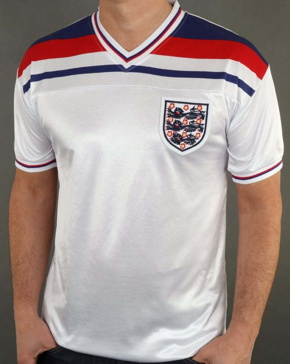 SCORE Draw Stile Retrò Retrò Retrò Inghilterra 1982 Football Shirt in Bianco-Replica World Cup 82 e51f42