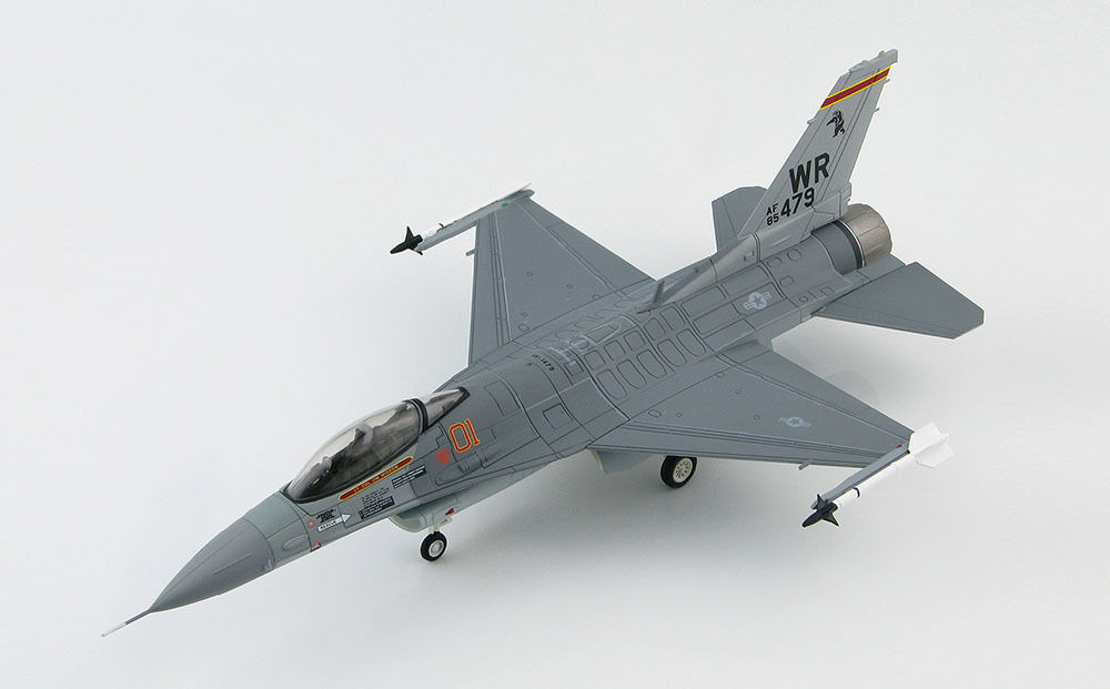 Hobby Master F-16C Fighting Falcon~527th AS,  Bentwaters Aggressors , 1989~3821