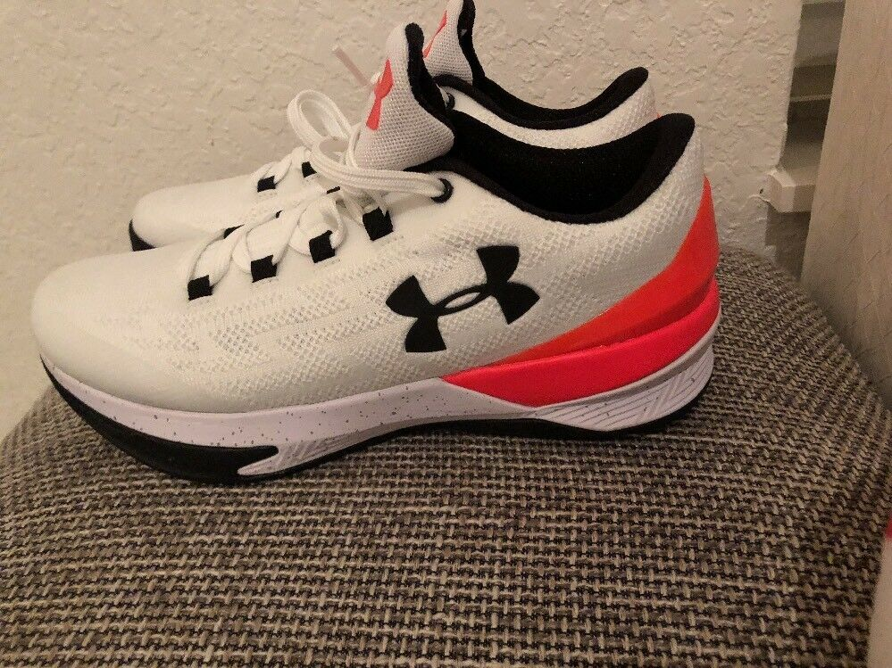 Under Armour Charged Controller White/BLK/Orange (1286379-100)SIZE 7 US | 40 EUR