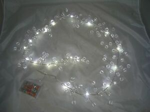 Clear-Acrylic-Beaded-Garland-20-LED-Battery-lights-table-decoration-weddings-too