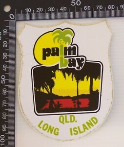 VINTAGE-PALM-BAY-LONG-ISLAND-QLD-AUSTRALIA-SOUVENIR-TOURIST-BUMPER-STICKER