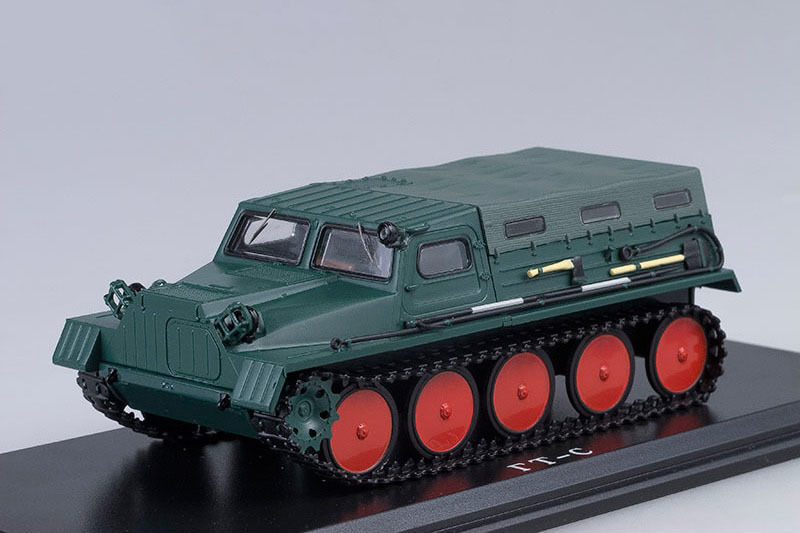 GAZ 47 (GT-S) USSR crawler all terrain vehicle with awning 1954 1 43 Sternt Scale