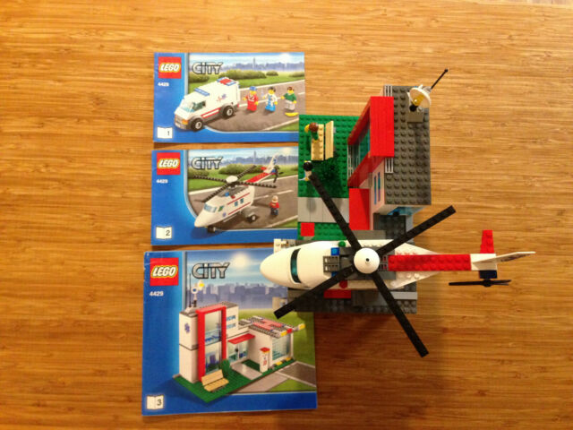 Lego City Town Set 4429 Helicopter Rescue (2012).