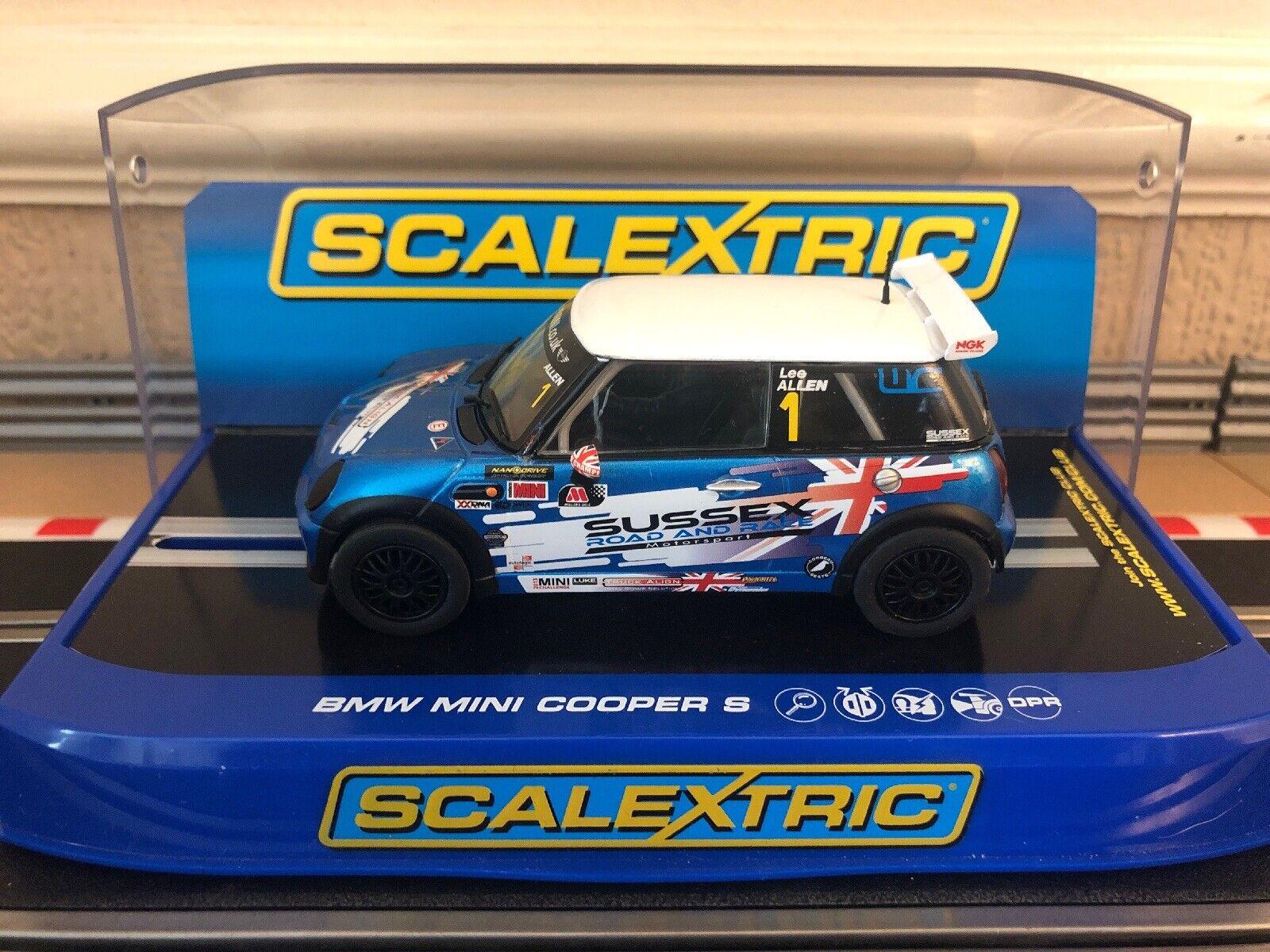 Scalextric Mini Cooper Lee Allen No1 2012 JCW Champion Brands Hatch Entièrement neuf dans sa boîte C3528