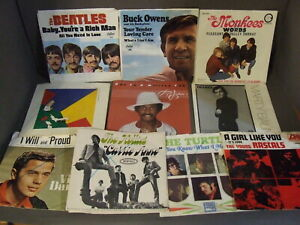 LOT-OF-10-V-A-EMPTY-PICTURE-SLEEVES-MONKEES-BEATLES-BUCK-OWENS-THE-HOLLIES