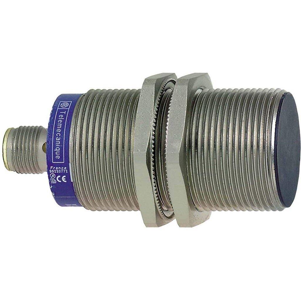 OsiSense XS M30 10mm Inductive Proximity Sensor Cylindrical XS530BLPAM12 P5PG