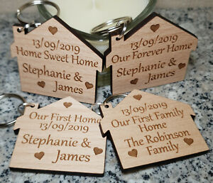 2x-PERSONALISED-NEW-HOME-HOUSE-WARMING-GIFT-FIRST-HOME-KEYRING-NEW-HOUSE-FAMILY