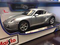 Maisto 1:18 Scale Diecast Model Car - Porsche Cayman S (silver)