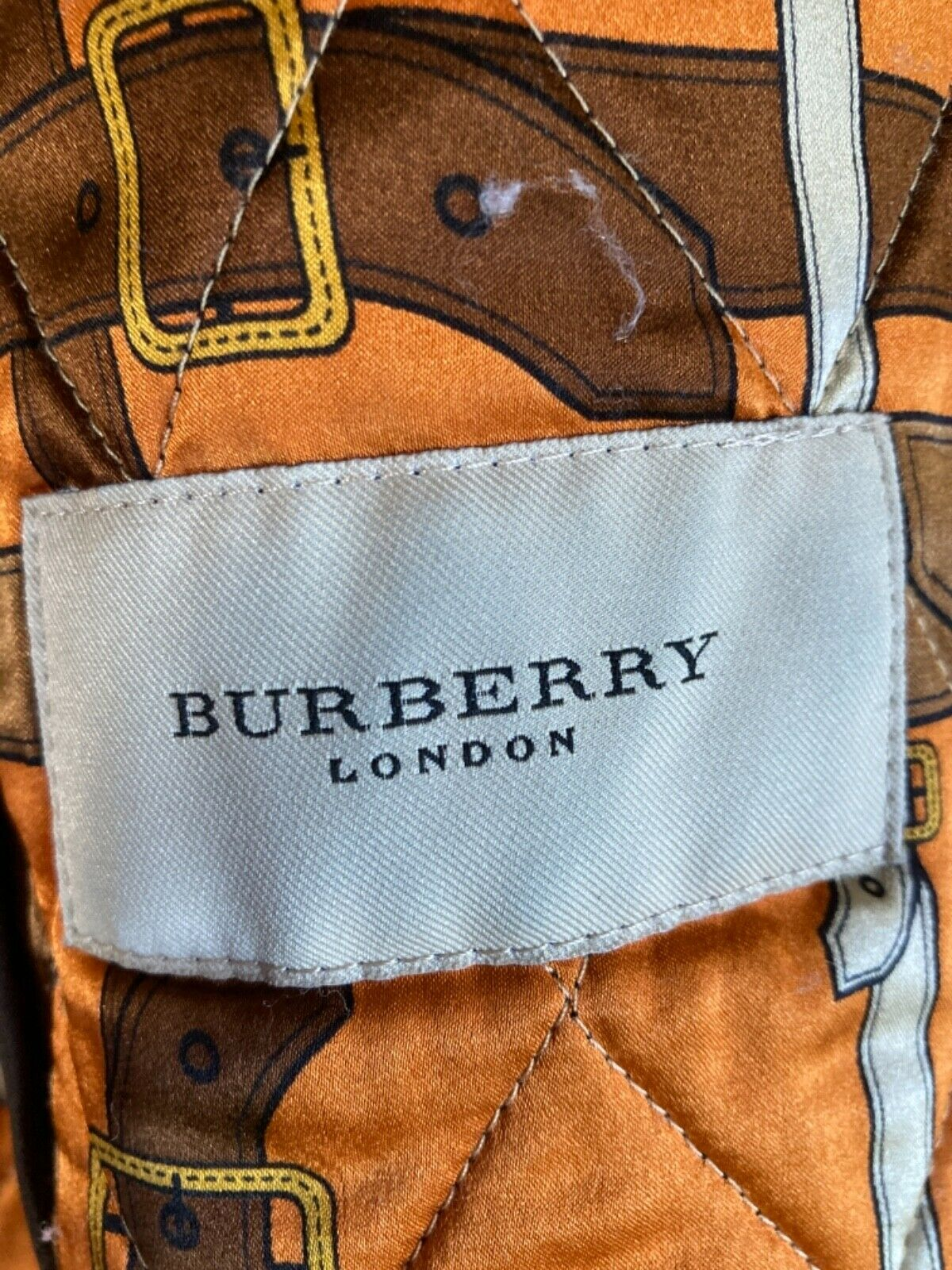 Burberry womens quilted jacket - image 5