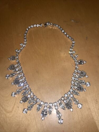 vintage kramer rhinestone necklace