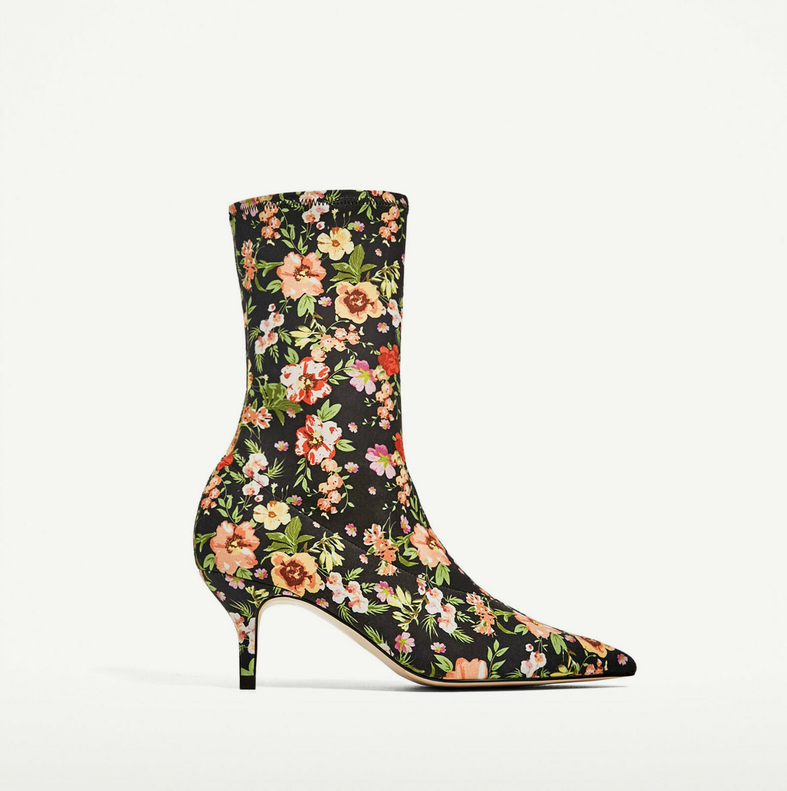 ZARA FLORAL FABRIC HIGH HIGH FABRIC HEEL ANKLE Stiefel SS17 SIZES UK 5, 6 & 7 BNTNW aed989