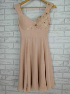 Review Fit & flare dress Evening event Soft pink Lace embellished trim