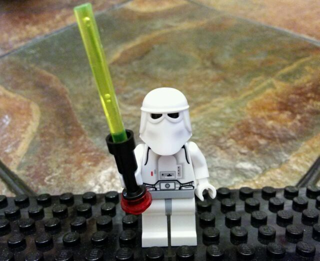 LEGO® STAR WARS MINIFIGURE SNOWTROOPER RARE VERSION FROM SET #4483 AT-AT 2003
