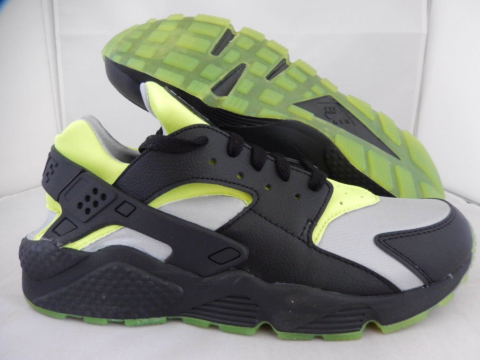NIKE AIR HUARACHE ID BLACK-VOLT-GREY Price reduction The most popular shoes for men and women