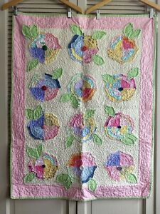 Faded-Flower-Quilt-Shabby-Chic-Baby-Blanket-Machine-Pieced-Multi-Color-Pastels