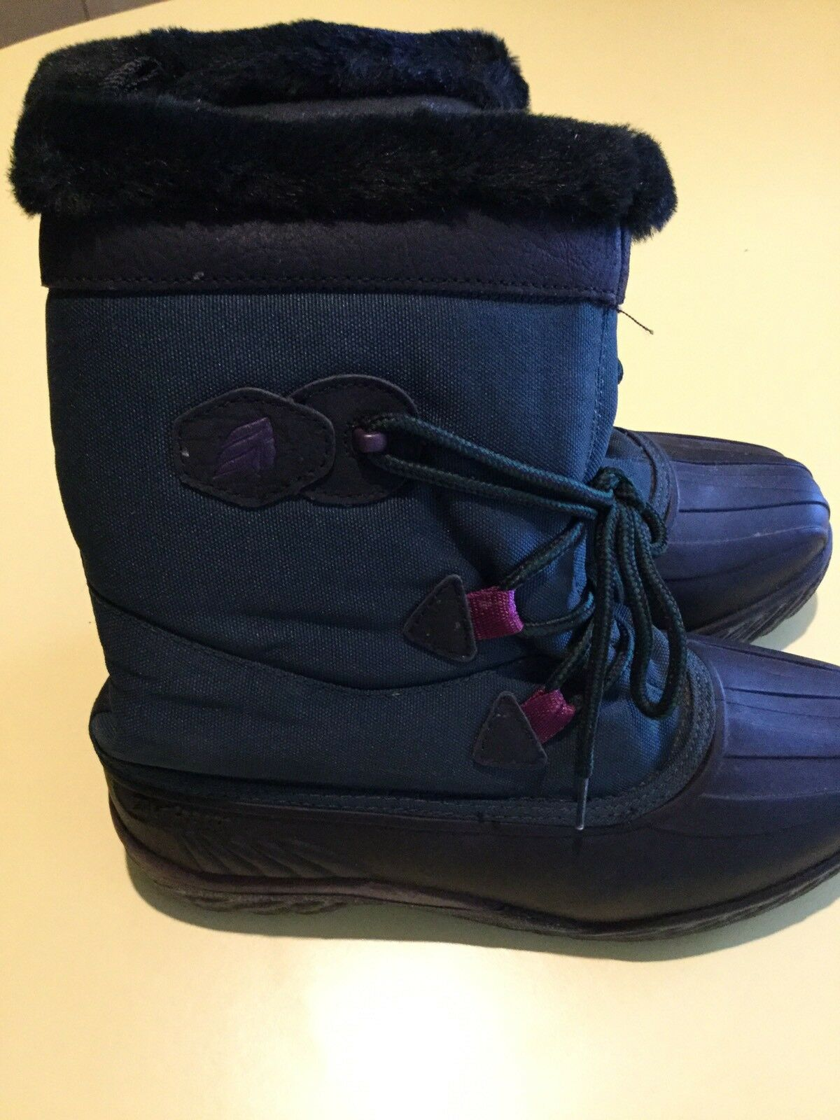 Women's Winter Boots with Liners - Green/Black - Size 8 - LaCrosse