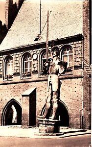 Stendal , Rolandsäule ,Ansichtskarte - Rostock, Deutschland - Stendal , Rolandsäule ,Ansichtskarte - Rostock, Deutschland