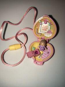 Rare-HTF-1992-Polly-Pocket-Bluebird-Pretty-Present-Locket-Complete-w-Doll-EUC