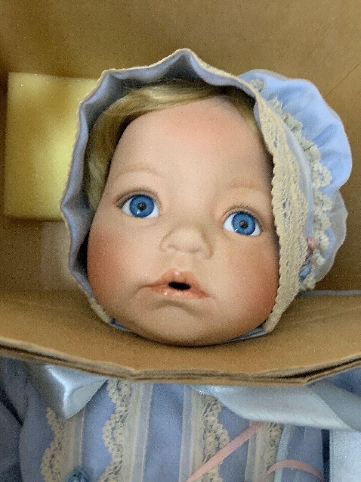 "18  Porcelain Doll ""BABY blu EYES ""Dianna Effner Ashton Drake NIB"