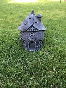 Fairy-house-Stone-Garden-ornaments