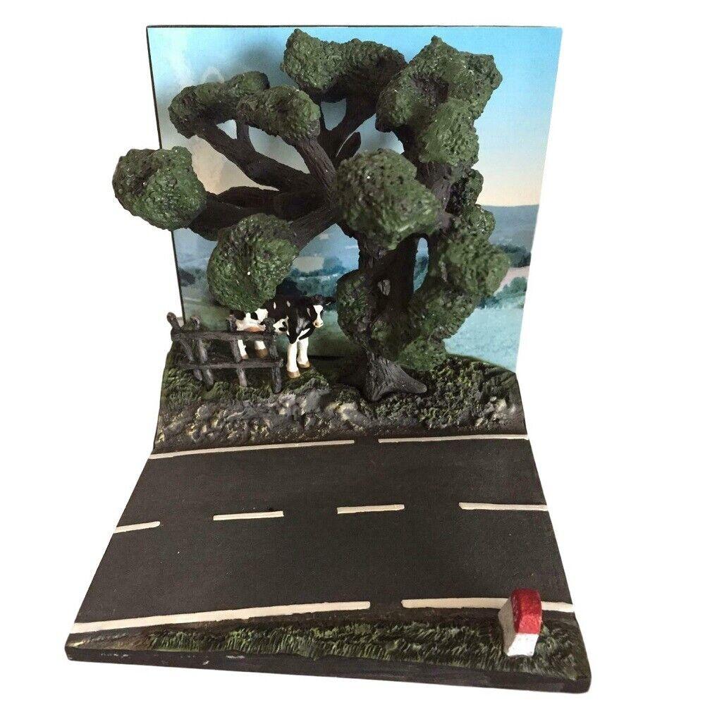 Tramo carretera con vaca y árbol para coches escala 1:43 Diorama
