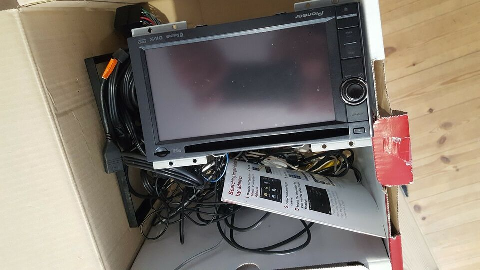 Pioneer AVIC-F940BT, CD/MP3