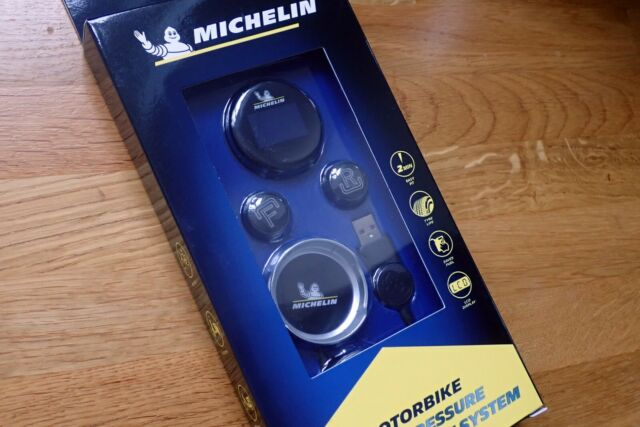 Michelin Fit2Go Motorcycle TPMS (Tyre Pressure Monitoring System) + free book