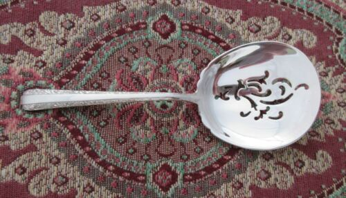 Mint! Candlelight Towle Bon Bon//Nut Spoon 4 3//4/""
