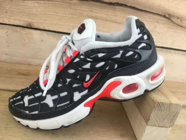 Nike Air Max Plus Tn Bright Crimson White Black Boys Size 7Y AT6143 100 Running | eBay