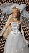 Bambola Barbie sposa in abito da sposa MOLTO BELLO