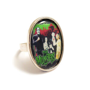 The-MUNSTERS-family-TV-gothic-ring-silver-adjustable-vampire-horror-goth-monster