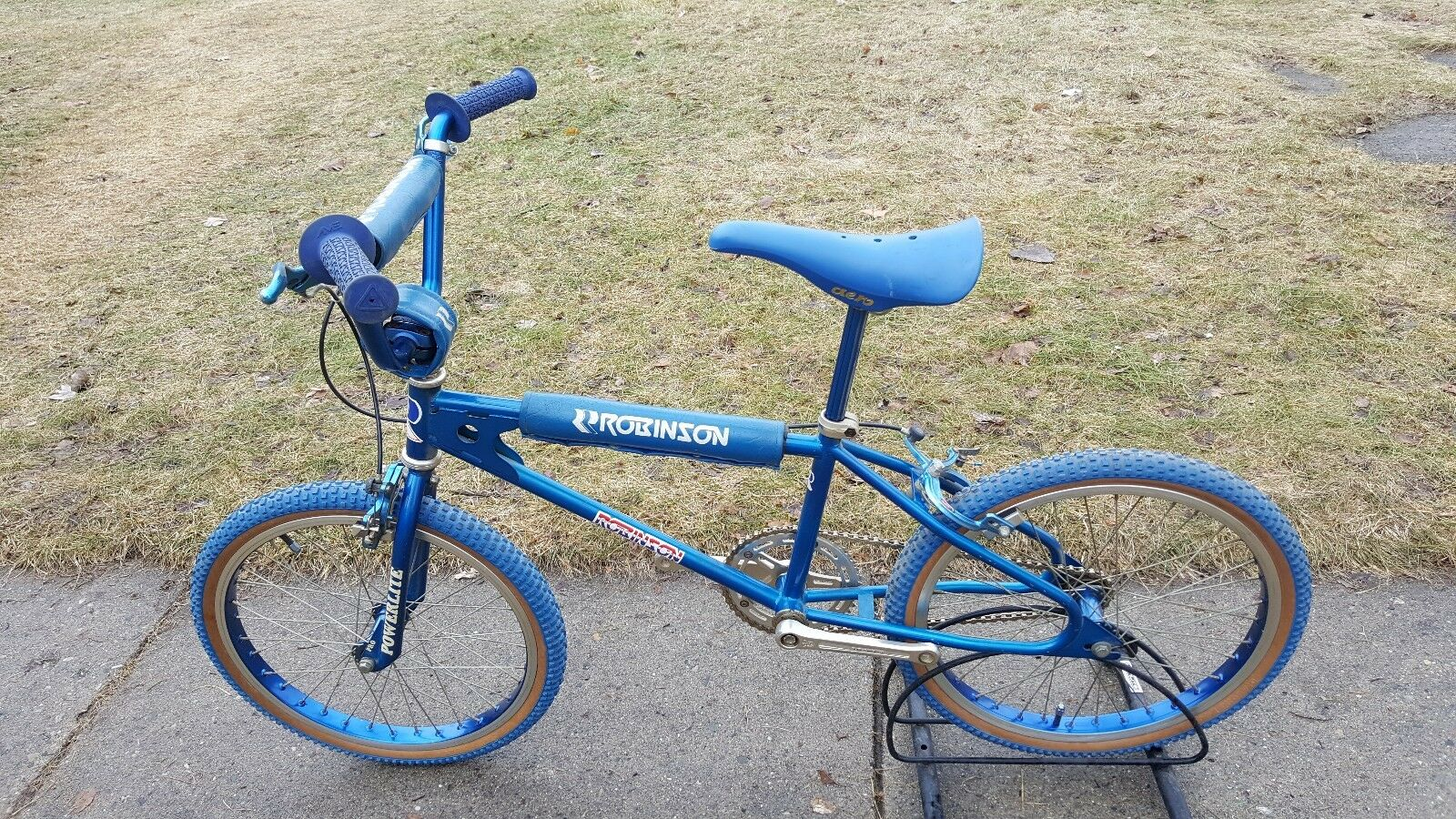 OLD SCHOOL BMX 1979 ROBINSON FRAME POWERLITE FORK BULLSEYE RACE  INC VINTAGE RARE  happy shopping