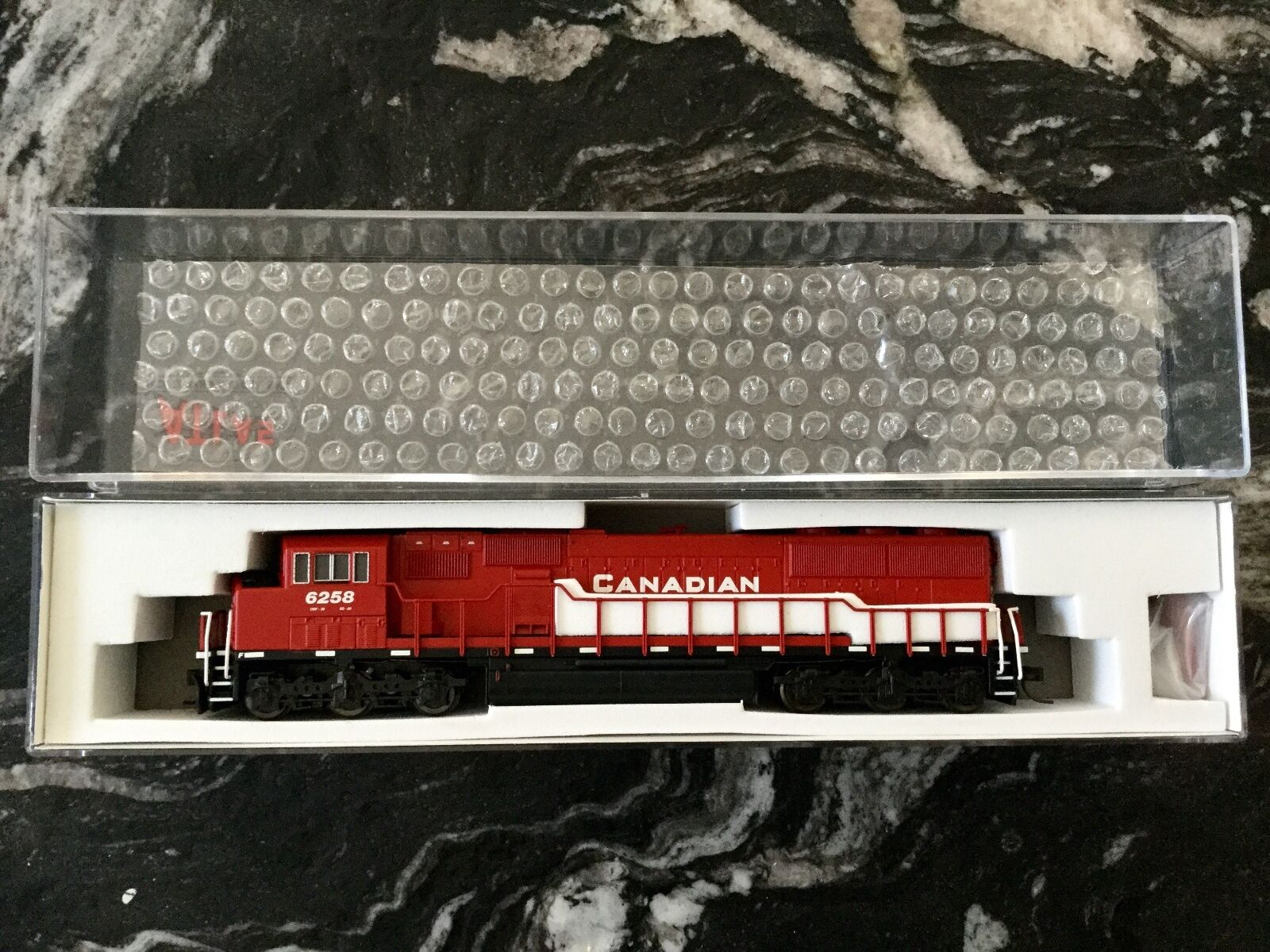ATLAS 1 160 N SCALE SD-60M SD-60M SD-60M CANADIAN PACIFIC RD   6258 NCE FOR DCC   40002074 F S 7b7f57