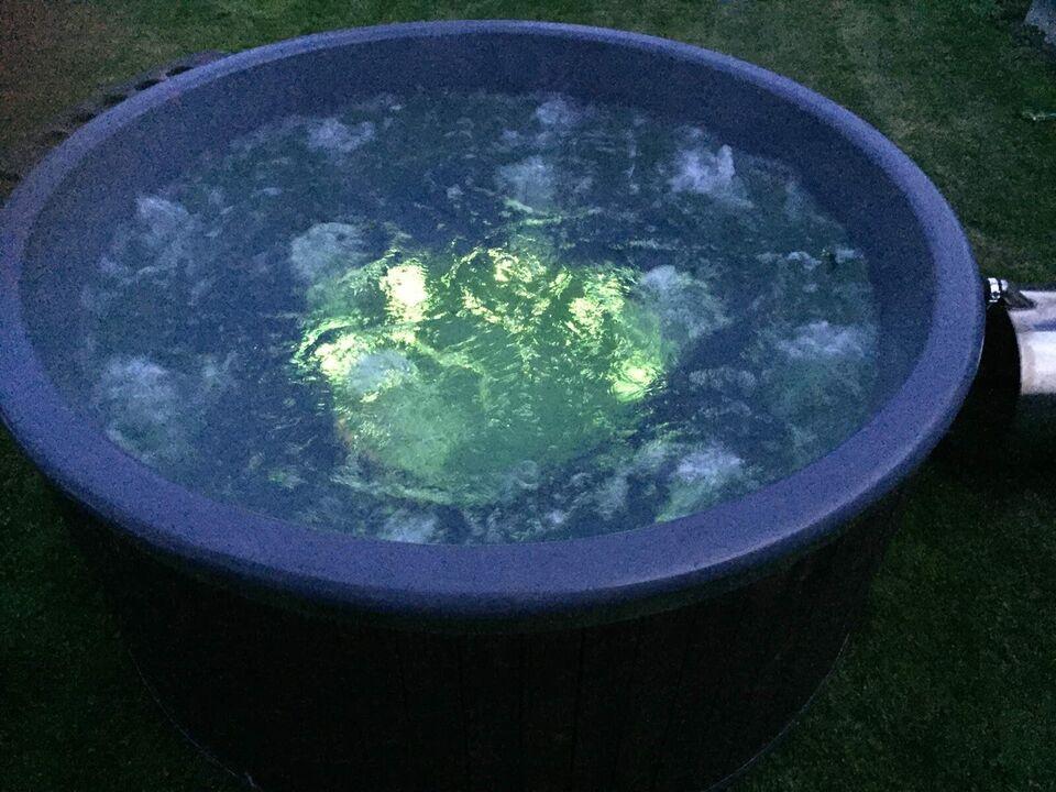 Ny vildmarksbad med glasfiber indsats